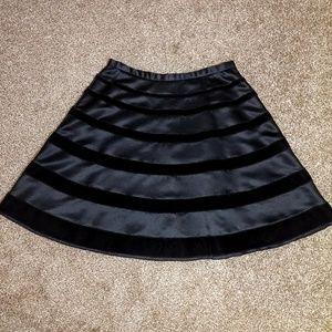Black Velvet-striped skirt
